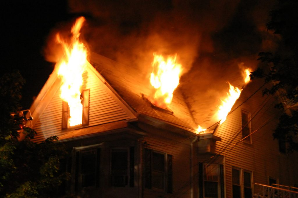 fire damage restoration billings, fire damage cleanup billings, professional fire damage repair billings